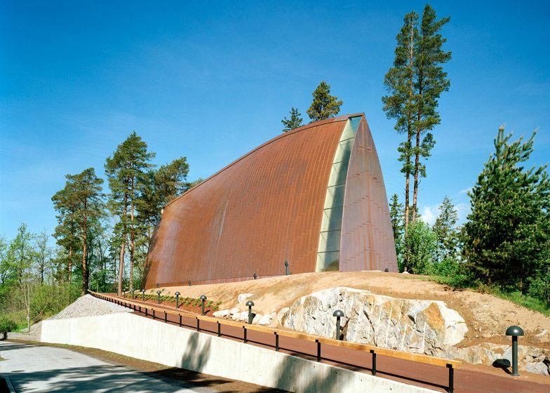 Sanaksenaho Architects ontwierp de oecumenische St. Henry kunstkapel in de Finse Turku archipel.