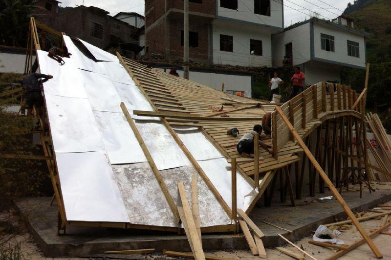 De opbouw van het dak.