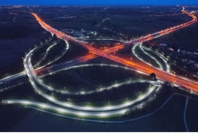 Veiliger en energiezuiniger verkeersknooppunt dankzij ledverlichting