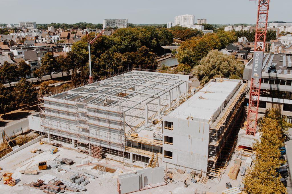 Nieuw sport- en klassencomplex in Gent