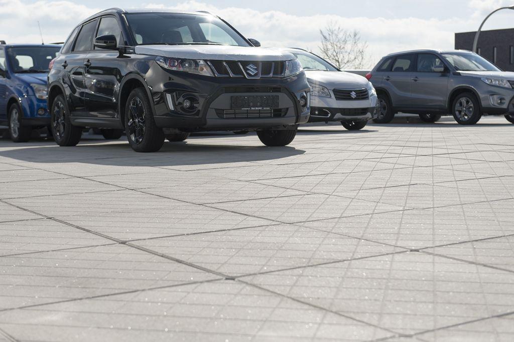 Succesvolle toepassingen van het parkeerdaksysteem Pardak® 80