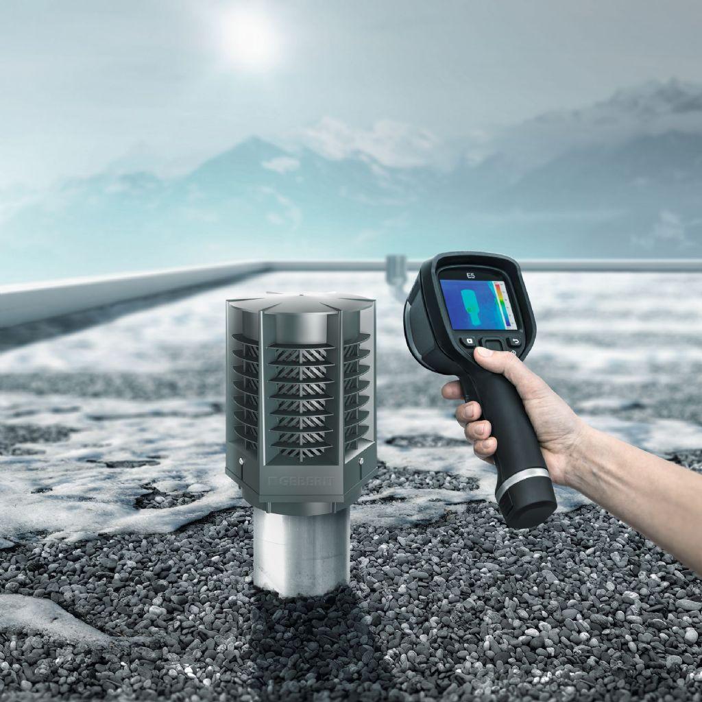 Het energiebesparend ventiel Geberit ERV sluit een energie-technisch zwakke plek