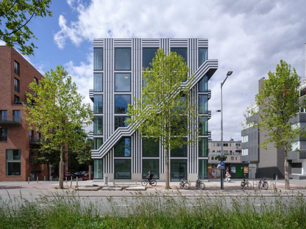 À Amsterdam, un projet spectaculaire et une mission affirmée