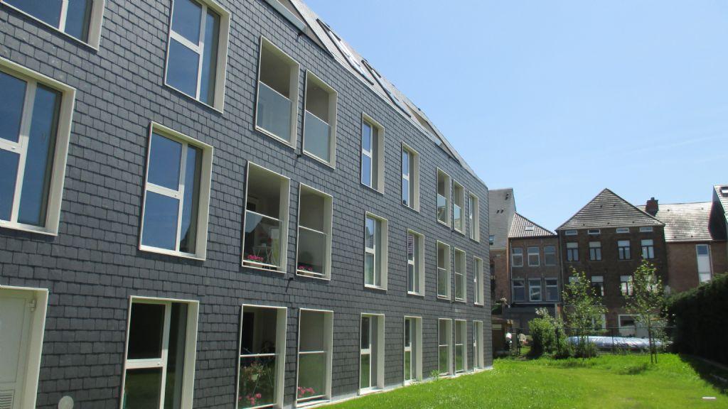 Het woonzorgcentrum is ingebed in het centrum van Diest, op wandelafstand van de gezellige winkelstraten, de Grote Markt en het ziekenhuis