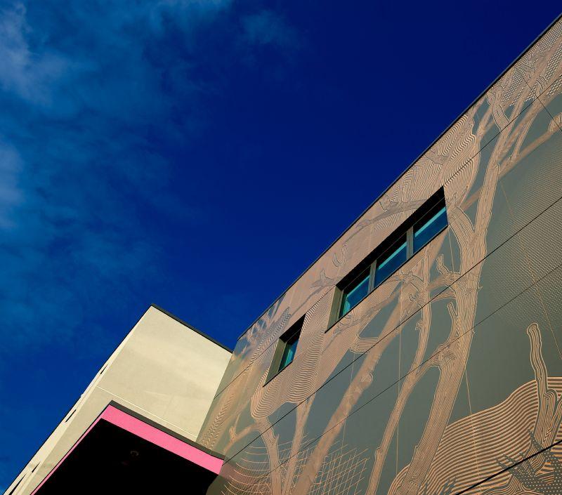 Een kunstige façade voor de Sheffield Hallam University