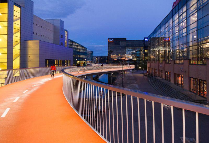 Kopenhagen opent fietssnelweg hoog boven de grond