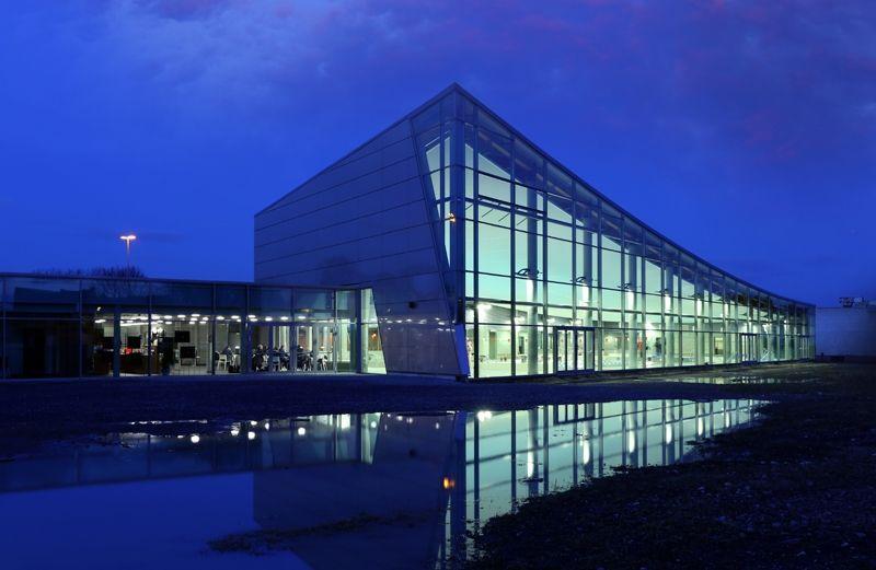 Piscine d'Ans : la solution LED de Schréder diminue la consommation de 67%