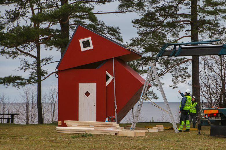 Des maisons en bois préfabriquées et... pliables !