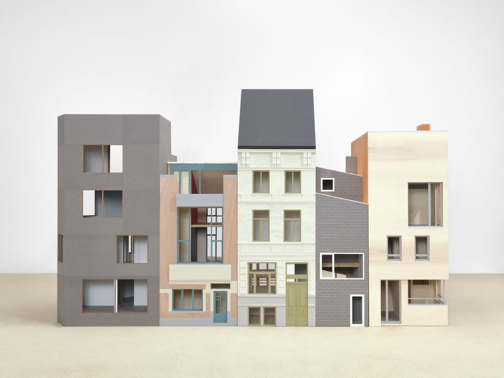 Composite Presence, Bovenbouw Architectuur