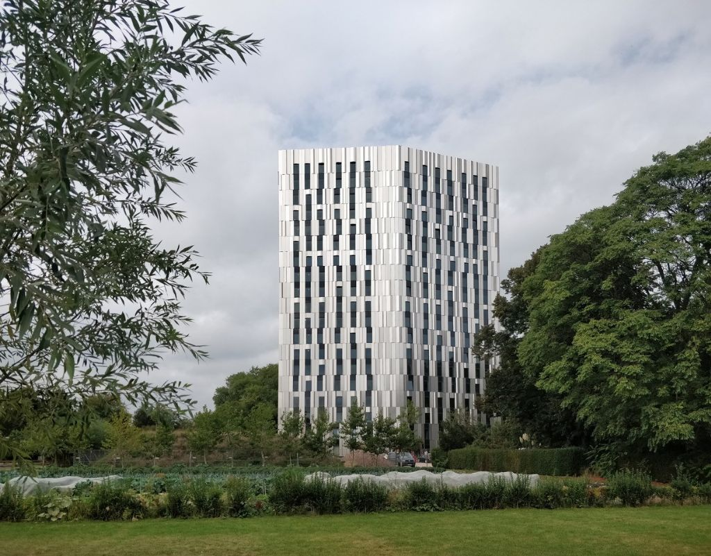 Studententoren van Archipl Architecten, de hoogste van Vlaanderen, geopend in Gent