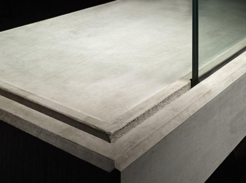 GroovEe, pour les balcons en béton fermés par des garde-corps en verre