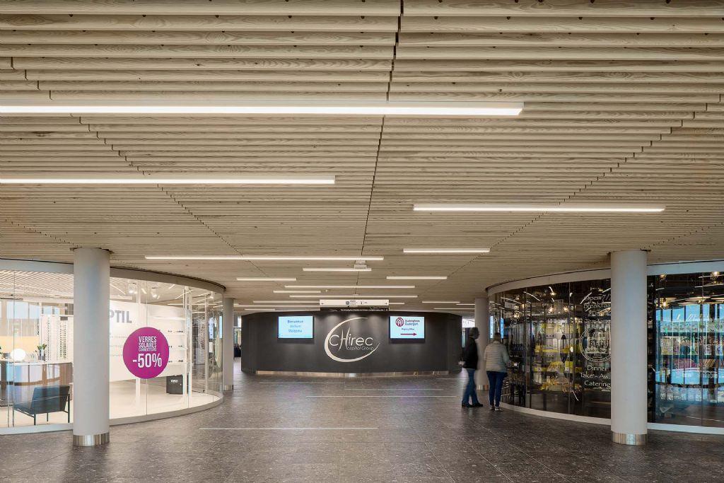 Nouvel hôpital du Chirec à Bruxelles : fonctionnalité optimale dans une ambiance conviviale