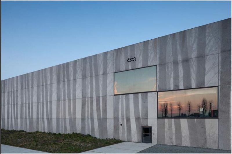 PRECAST IN BUILDINGS AWARD: Bedrijfsgebouw Enjoy Concrete.