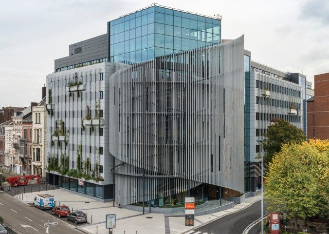 Aftands kantoorgebouw krijgt fraaie facelift