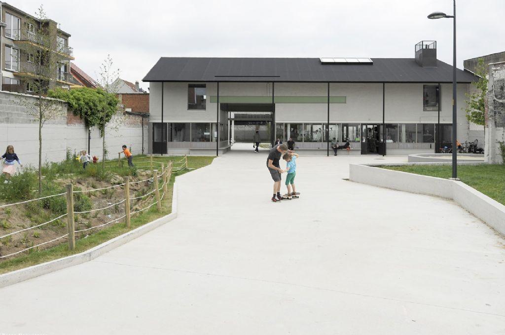 Winnaar BBA in de categorie Mixed Use: Carton123, murmuur en AE-architecten met De Standaertsite