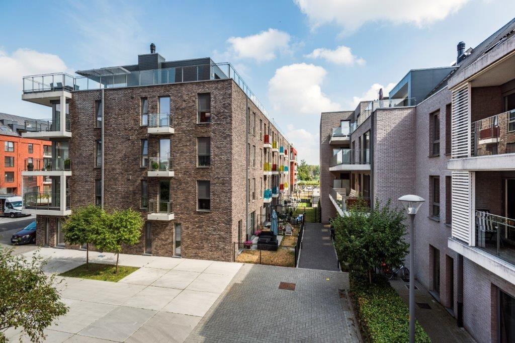 De grootte van de appartementen varieert van 60 tot 90 m², inclusief terrassen van 4,5 tot 12 m². (Beeld: Marc Sourbron)