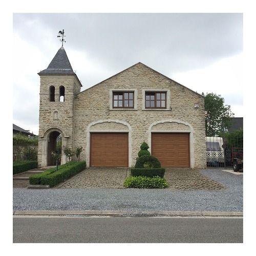 Ugly Belgian Houses bundelt architecturale gedrochten nu ook  in boekvorm
