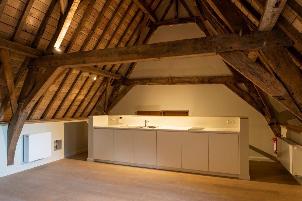 Nieuwe elementen mochten worden toegevoegd, maar moesten wel volledig losstaan van de oude structuur. (Beeld: PIT Antwerpen)