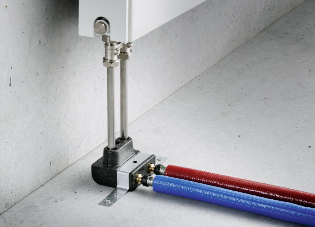 Het Viega Smartpress-programma bevat ook vele handige onderdelen voor verwarmingsinstallaties, zoals dit radiatoraansluitblok, waardoor de installatie nog eenvoudiger wordt.