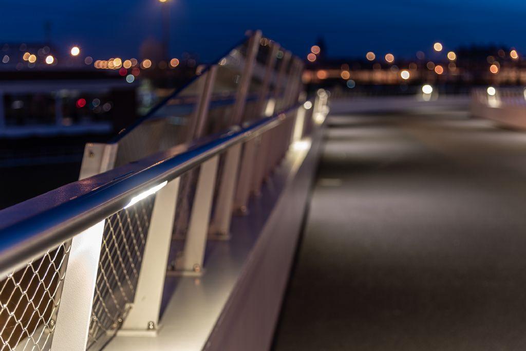 Geïntegreerde en gelijkmatige verlichting voor zachte weggebruikers