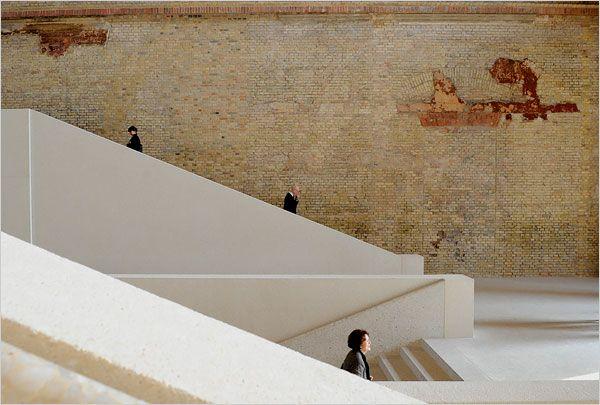 Het Neues Museum werd door Chipperfield gerenoveerd.