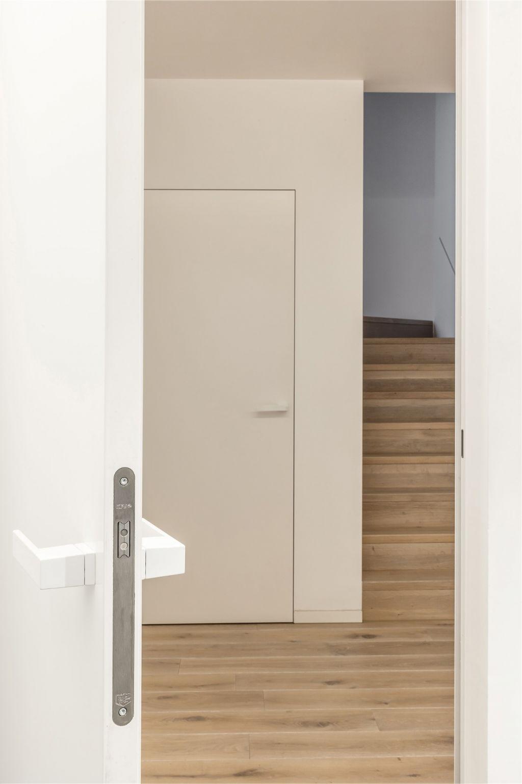 Une nouvelle construction entièrement équipée de portes Xinnix