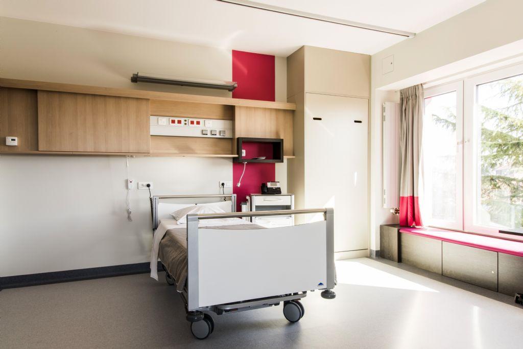 Rénovation complète de la Clinique Notre-Dame de Grâce à Gosselies