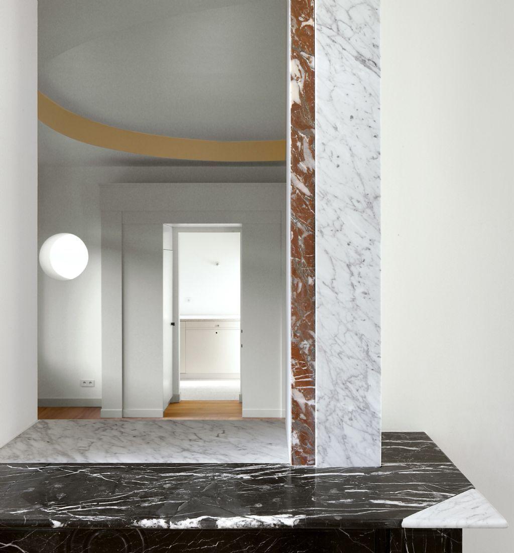 The House of the Explorer_Leysstraat Antwerpen, Bovenbouw & Barbara Van der Wee Architects