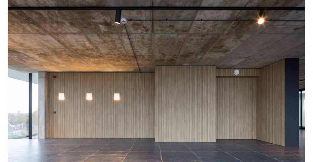 Akoestiek prioriteit in nieuwe kantoren en toonzaal Van Hulle Bouwservice