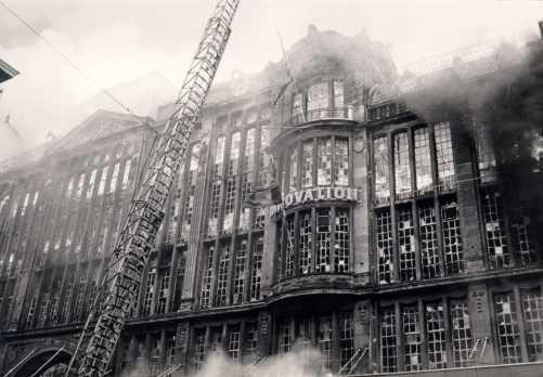 """""""Bijna alle Belgische wetgevende initiatieven inzake brandveiligheid zijn tot stand gekomen in de nasleep van een ernstige brand of een andere dramatische gebeurtenis, zoals de brand in de Innovation."""""""