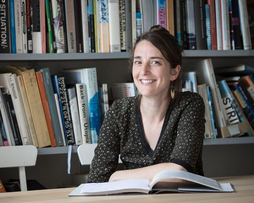 Lisa De Visscher, artistiek directeur bij A+ Architecture in Belgium.