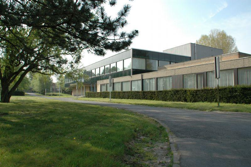 De voormalige kantoren van Bekaert nv.