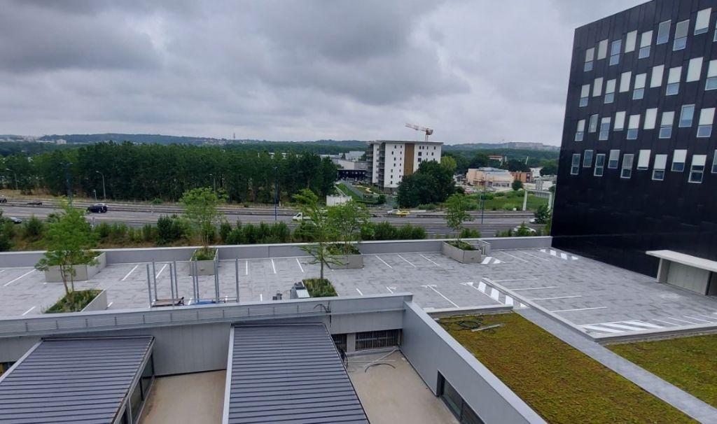 Dakparking met bomen in Toulouse