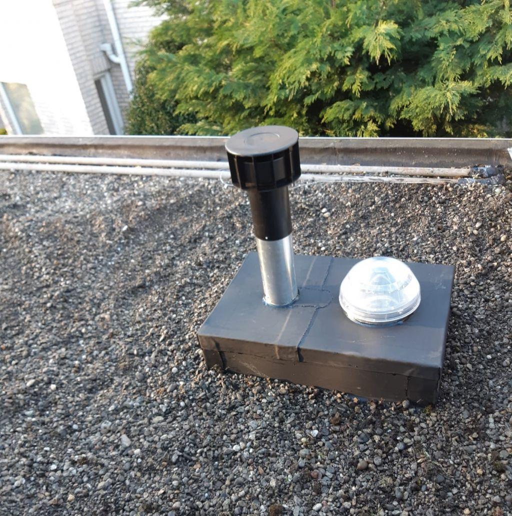 Un solin fonctionnel combiné pour le système de ventilation Solatube
