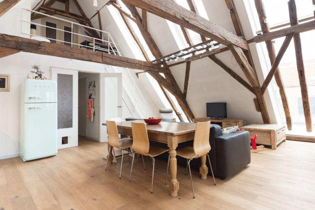 Laatgotische kangoeroewoning net architectuur wint publieksprijs Monumentenprijs Brugge 2018
