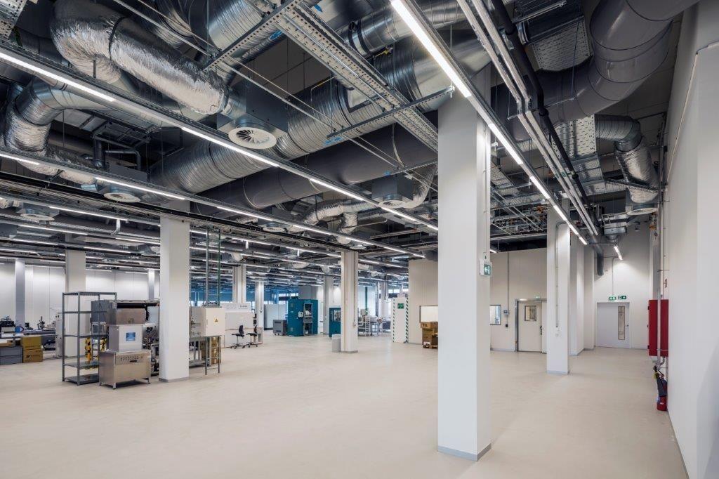 """""""We wilden één groot, open labo met een dynamische set-up creëren"""", aldus imec-projectleider Eric Van Bourgognie. (Beeld: Houben)"""