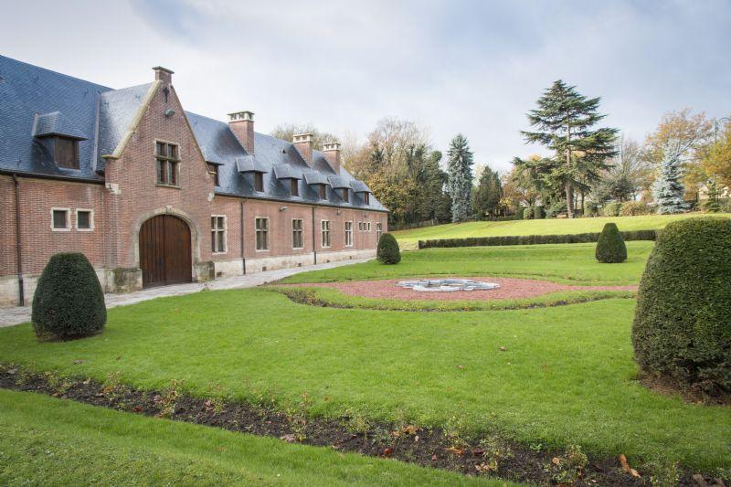 Restauratie domein Karreveld in Sint-Jans-Molensbeek.