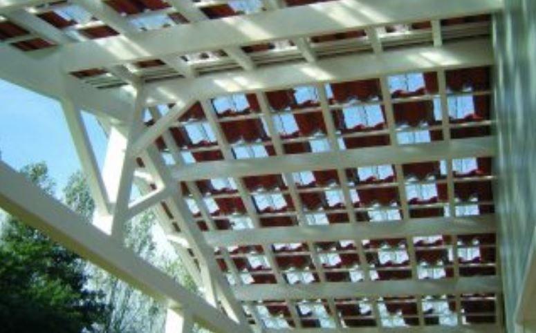 Glazen dakpannen: eenvoudig te plaatsen en multi-inzetbaar
