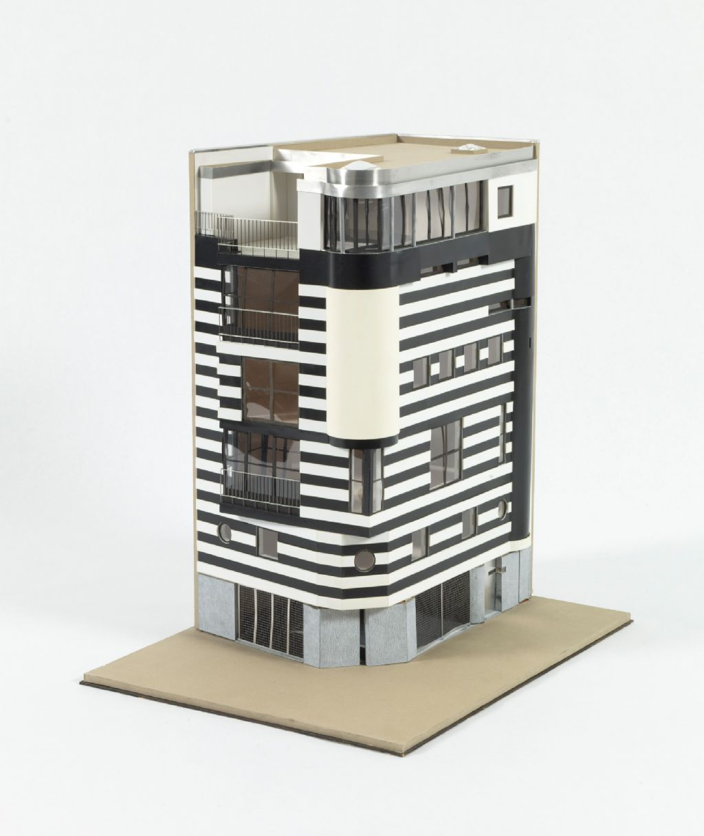 bOb Van Reeth  AWG Architecten, Woning Van Roosmalen, Sint-Michielskaai, Antwerpen, 1985-87.