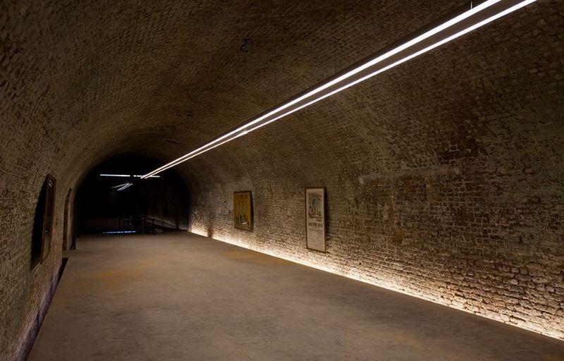 De ruimtes huizen nu onder andere een museum, informatiepunt en toiletten.