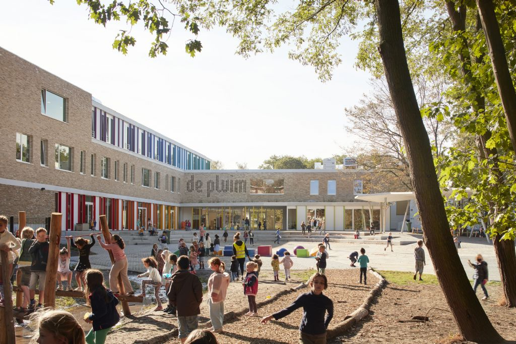 Openheid troef bij nieuwbouw Freinetschool De Pluim in Hoboken (A33 Architecten)
