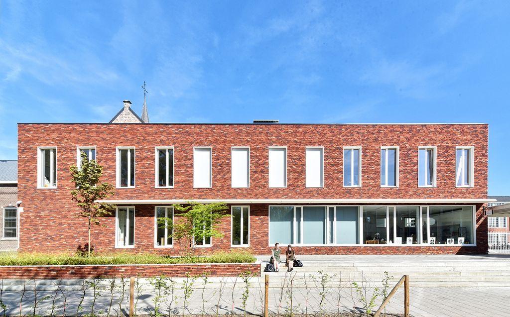 Sint-Franciscuscollege: optimale leeromgeving door extern zonweringsysteem