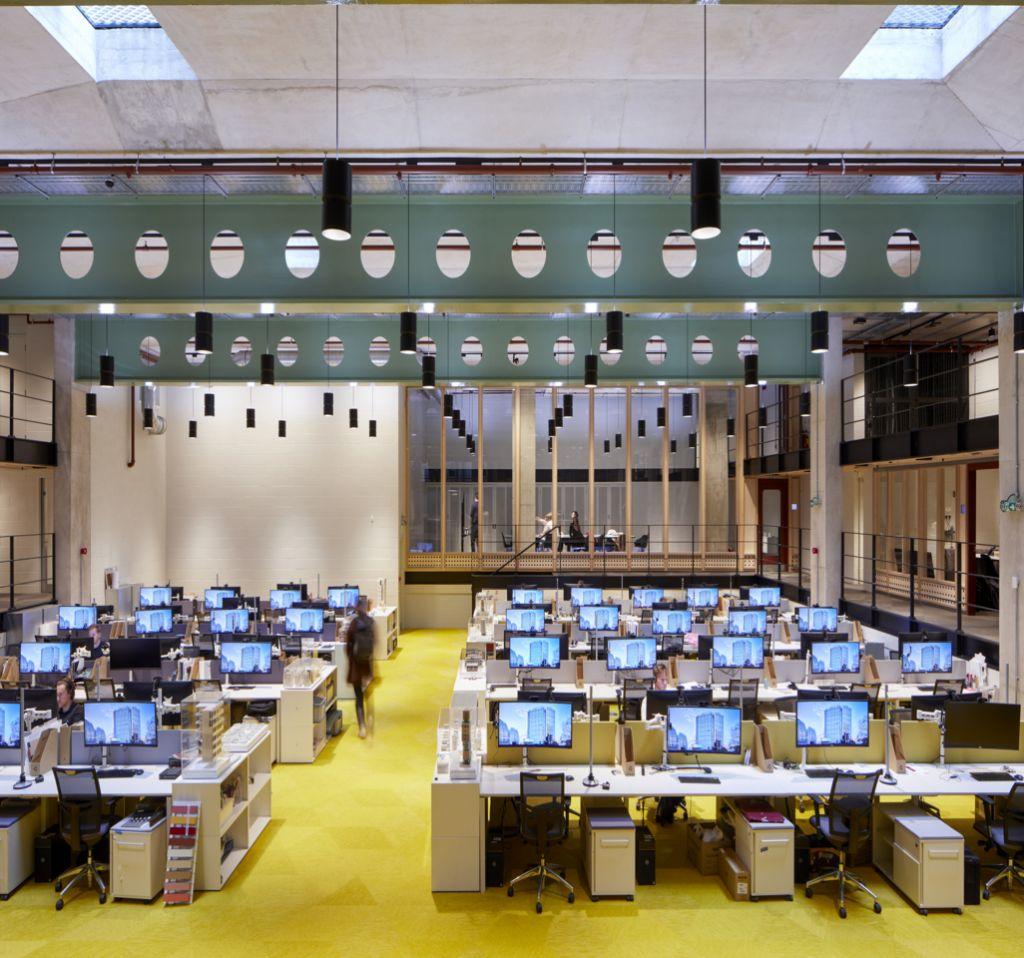 Souterrain van Londens kantoorgebouw omgevormd tot dynamisch architectenkantoor dankzij ERCO