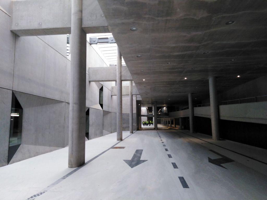 Duurzaam en flexibel ontwerp voor parking onder station