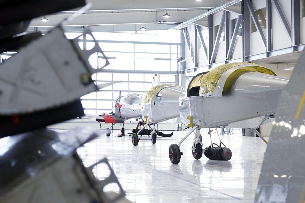 Gestroomlijnde assemblagehal voor Sonaca Aircraft, Namen