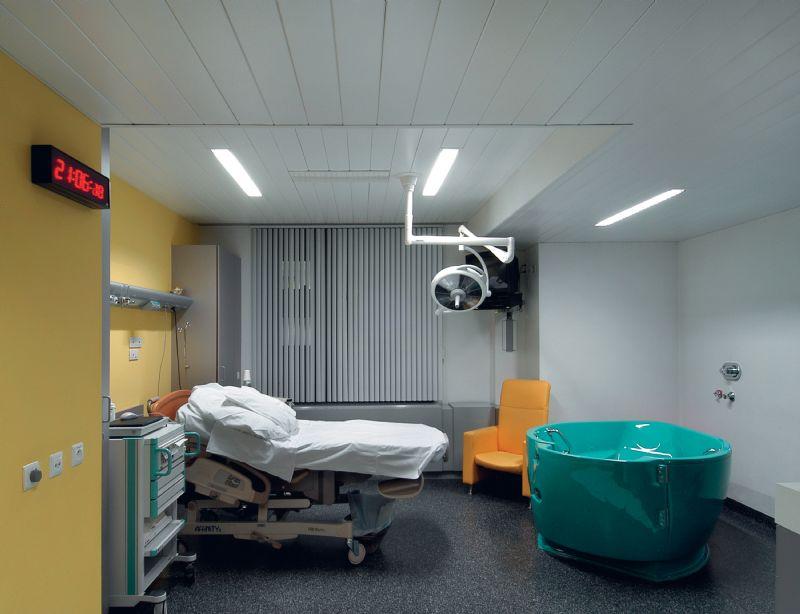 Ook in de zorgsector heeft een goede akoestiek zeer gunstige effecten.