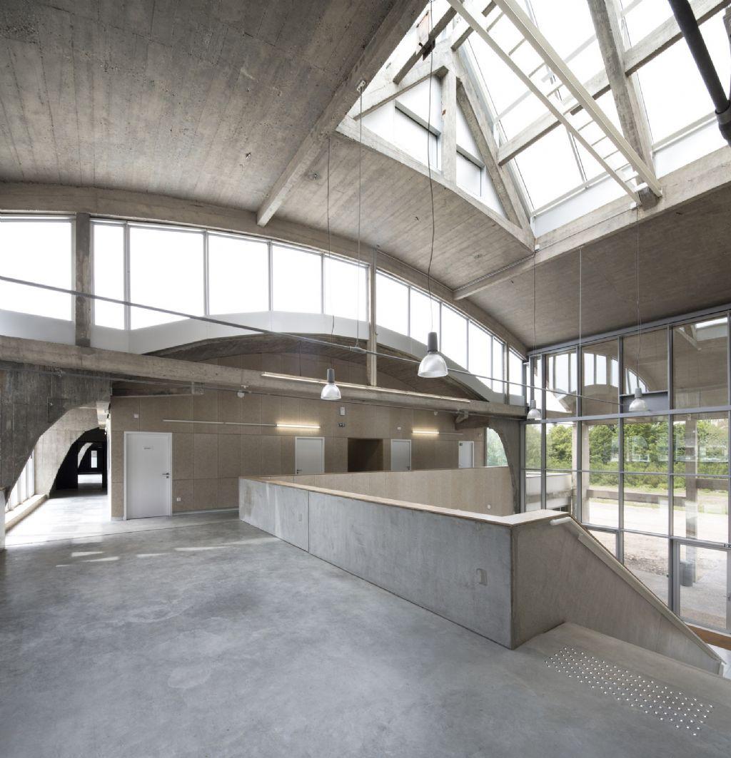 Hal Perret,  Atelier d'architecture Pierre Hebbelinck, HBAAT - HELEEN HART — MATHIEU BERTELOOT.