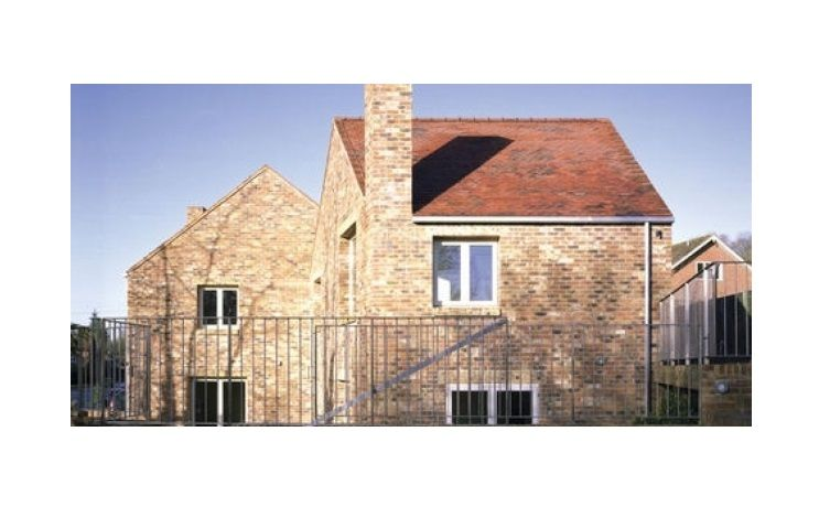 Craddock Cottages in Gomshall Surrey.
