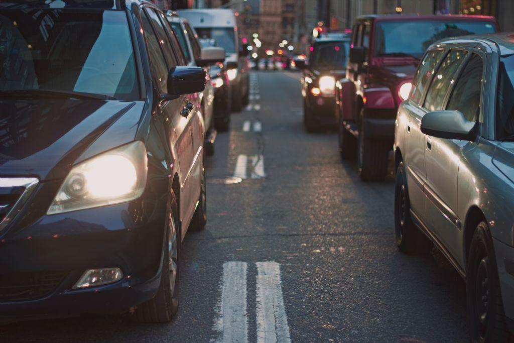 """Vlaams Bouwmeester Van Broeck: """"Het probleem is de auto, niet de rijstroken"""""""