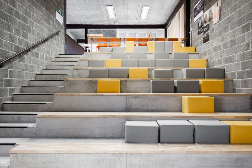 Kunstzinnig gebouw voor academie van Harelbeke